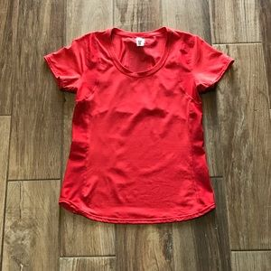**NEW** Lucy Coral Active Scoop Neck Top